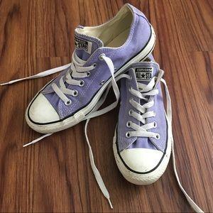 Converse Chuck Taylor size 7 lavender purple